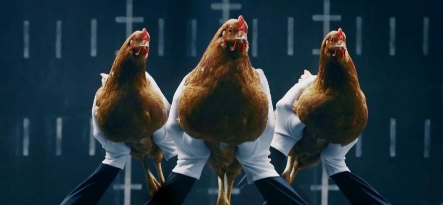 mercedes-benz-chicken-commercial-1